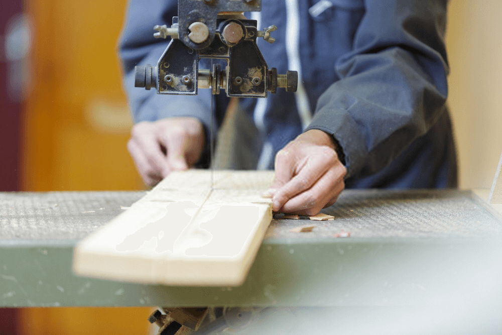 Buyers Guide for the Bandsaw Resawing